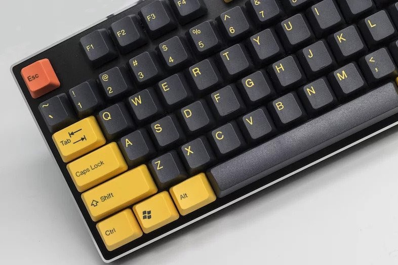 Black and Yellow 'Submarine' keycaps from Tai-Hao.