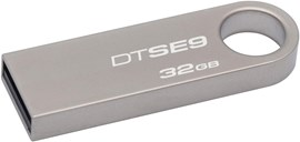 Kingston DataTraveler SE9 32GB USB 2.0 Drive