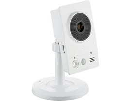 D-Link DCS-2132L HD Wireless N Cube Cloud Camera