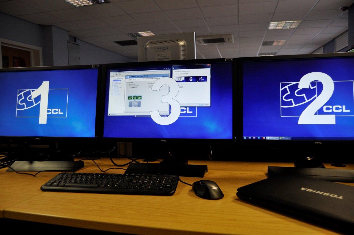 Configuring Multiple Monitors Nvidia Surround Single