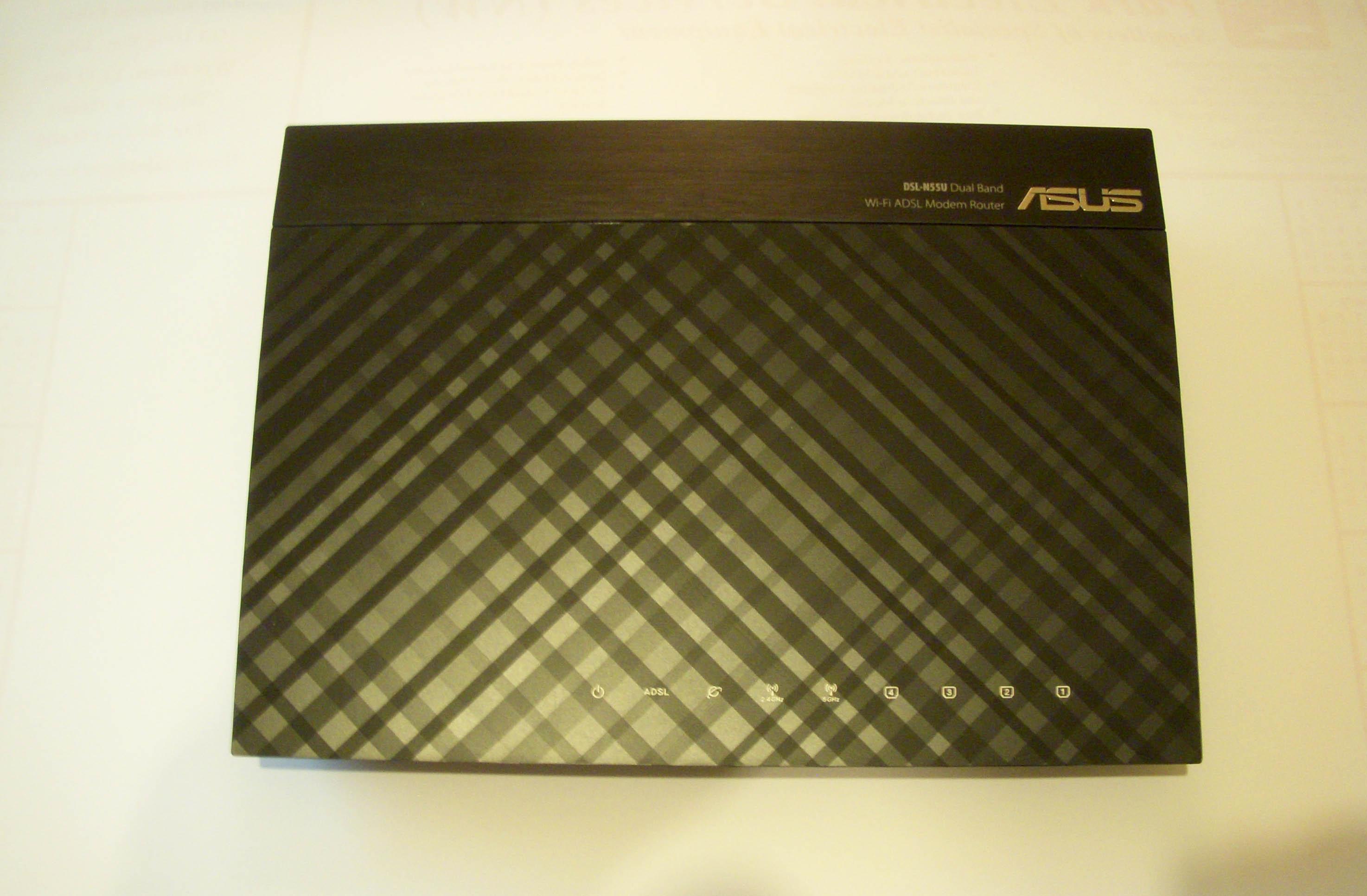 Asus DSL-N55U - Top View - Review