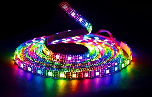 new style 66c62 8c361 Gigabyte AORUS RGB Fusion Compatibile Digital LED Strip (70cm)